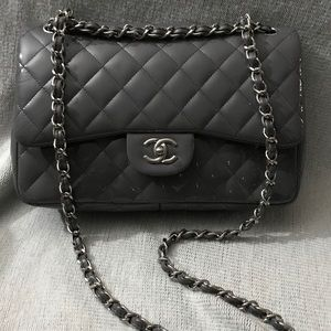CHANEL Patent Quilted Jumbo Single Flap Gray